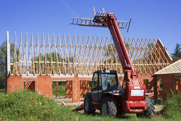 Centrale de location : Quel matériel faut-il pour construire une maison à Saint-Macaire ?