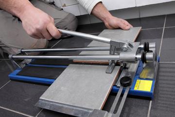 Centrale de location : Quels outils pour faire des travaux de carrelage à Captieux ?